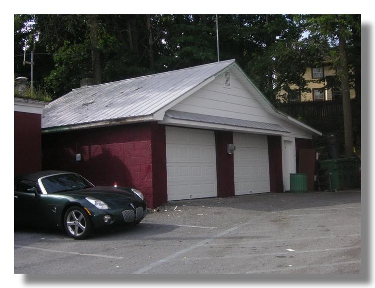 845rent apartment photos tour for Due bay garage